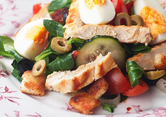 További salátarecepteket találsz ide kattintva!