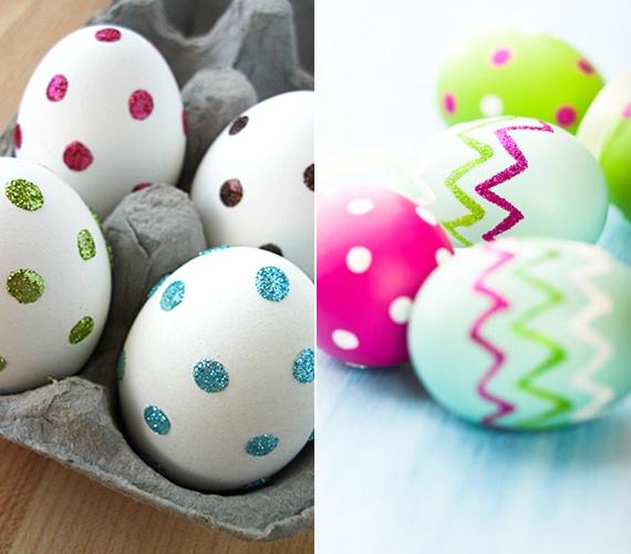 Ha van otthon csillámos dekorfilced, azzal is díszítheted a tojásokat, például pöttyökkel, csíkokkal, hullámokkal vagy akár bonyolultabb mintákkal is.