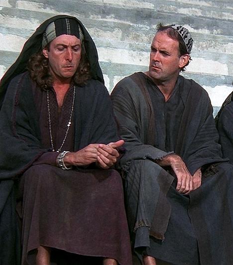 Brian élete                         A Monthy Python csoport tagjai ezúttal visszavisznek minket a bibliai időkbe. A történet Júdeában kezdődik, ott és akkor, amikor Jézus született. Vele szinte egy időben és egészen a közelében megszületik egy másik gyermek is, Brian. Róla a napkeleti bölcsek tévedésből azt hiszik, hogy ő a megváltó. Brian élete ettől a perctől kezdve tévedések és félreértések sorozata