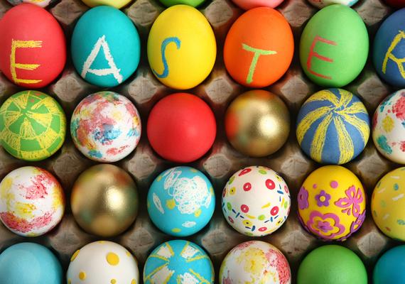 Húsvéti tojások azoknak is, akik lusták nekiállni hímes tojásokat festegetni. A háttérkép letöltéséhez kattints ide!
