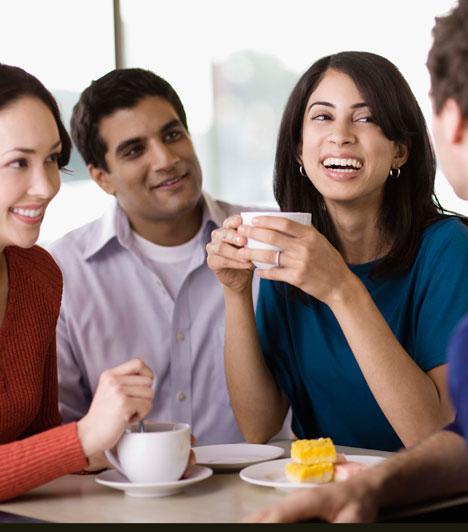 Kedvelik a barátaidA barátok külső szemlélőként fontos mércét jelentenek, hiszen olykor tisztábban látják, hogy valóban illik-e hozzád a férfi. Ha a párod szimpatikus nekik, azt jó jelnek veheted.