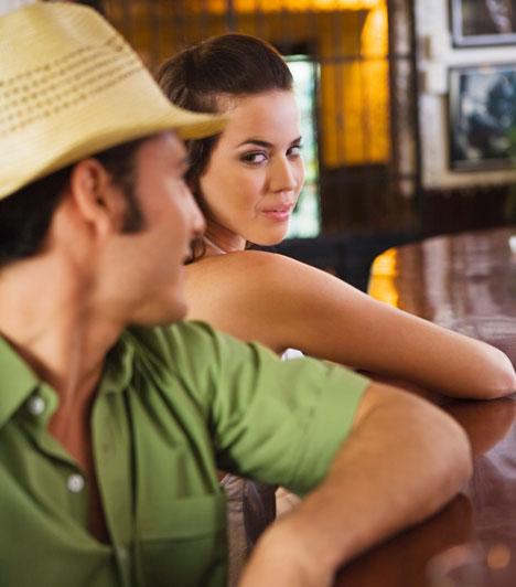 Kezdetek  Amikor megszokottá válik a kapcsolat, érdemes felidéznetek a kezdeteket, és a hozzá társuló érzelmeket. Megszervezhetitek újra az első randit is.  Kapcsolódó cikk: Meg tudod tartani a pasit? »