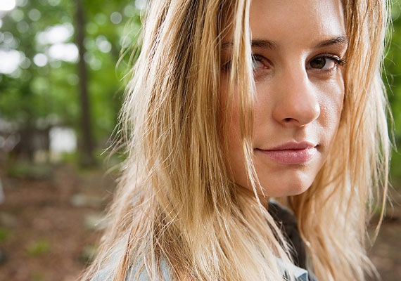 A haj állapota nagyban befolyásolja a vonzerőt, kevesen hunynak szemet afelett, ha fénytelen és töredezett .