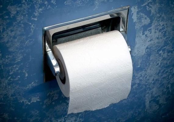 Mindig cserélje a WC-papírt az, akinél elfogyott. Be is oszthatjátok, hogy mikor ki vásárolja az újabb csomagot.