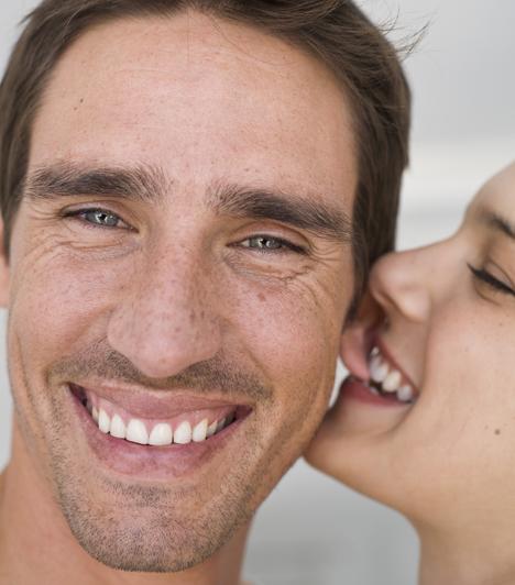 Fül  A férfifül néha még a nőkénél is érzékenyebb. A fülcimpa, a fül mögötti terület, de akár a fülkagyló is izgalmas játszótér lehet az ujjak vagy a nyelv számára.