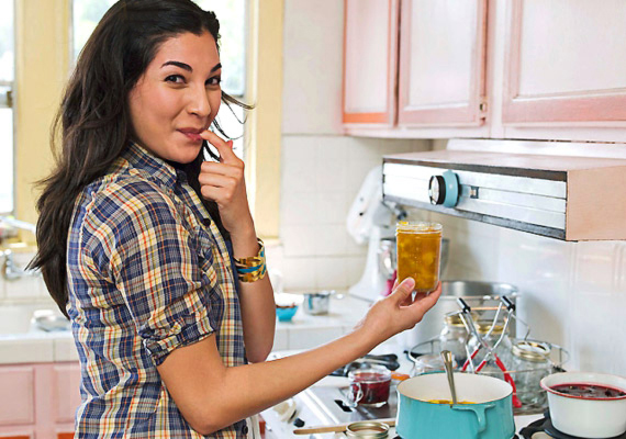 Főzőiskola-utalványAnnak, aki szeret főzni és új ízeket kipróbálni, remek ajándék lehet egy főzőiskolaworkshop-bérlet!