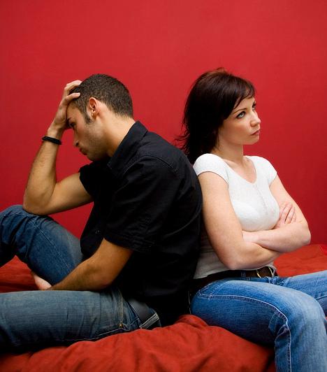 Feszültség a kapcsolatban  Ha mindketten gyermeki kötelességeteknek érzitek, hogy a szüleitek elvárásainak megfeleljetek - és abból van is bőven -, az könnyen vitákhoz vezethet. Ha a megfelelési kényszer miatti feszültségek vitákat eredményeznek, úgy védheted meg a kapcsolatod, hogy a szülők helyett elsősorban egymásra figyeltek.