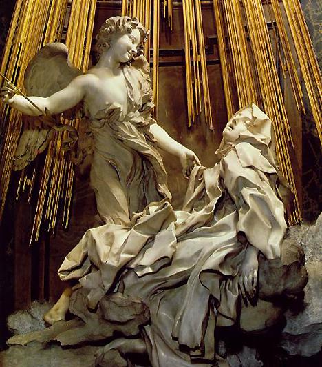 Szent Teréz extázisaBernini szobra azt ábrázolja, ahogy egy angyal jelenik meg egy apácának, és átszúrja a testét egy nyílvesszővel, amitől átjárja őt az Isten iránt érzett hatalmas szeretet. Egyes vélemények szerint azonban ez orgazmus megörökítése a szobrász részéről.