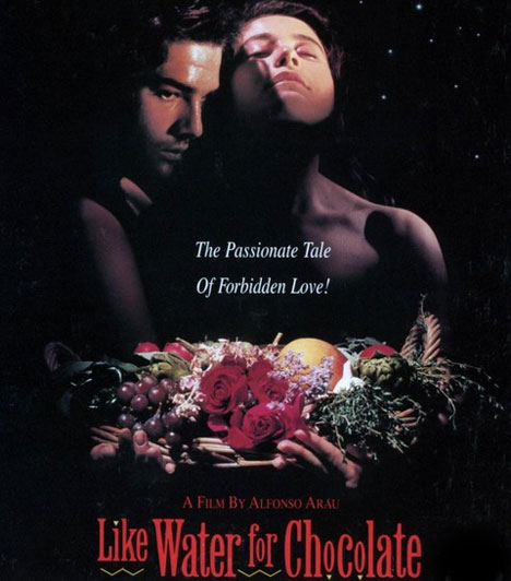 Szeress MexikóbanAz 1992-es film Tita és Pedro szerelméről szól. A lány nem mehet férjhez, mert neki kell a családja gondját viselnie, ezért Pedro az ő nővérét veszi el. Tita azonban mágikus eszközzel gyakorol hatást az érzelmeikre.Kapcsolódó cikk:16 buja színésznő, aki mindent megmutatott »