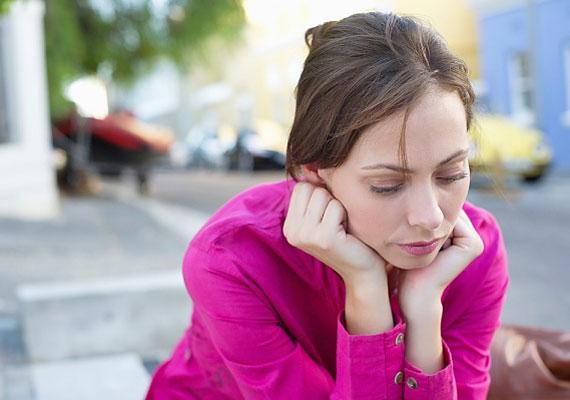 Sok férfi elgondolkodik, hogy annak, akit folyamatosan világfájdalom gyötör, vajon van-e energiája a kapcsolatra.