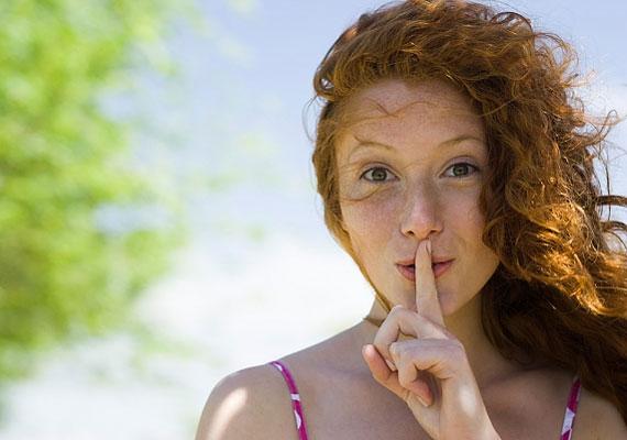 A férfiak kevesebb nem verbális jelet használnak, és ennek megfelelően a testbeszédet is nehezebben olvassák.