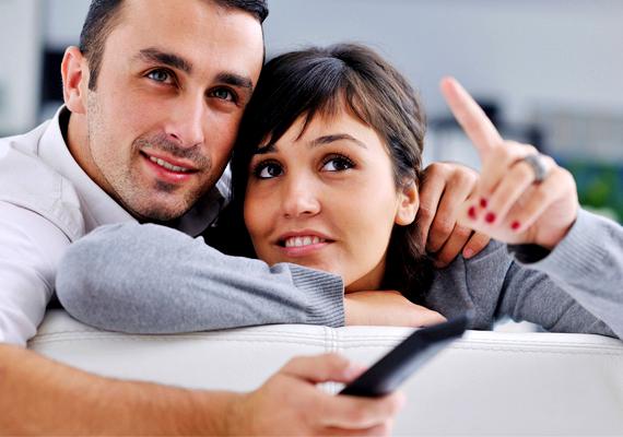 Ha a férfi szerelmes, a kedvedért még kompromisszumot is képes kötni. Ez pedig a későbbiek során egy komoly párkapcsolat esetében is előnyös.