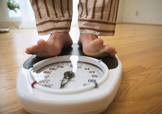 A második helyen a súly végzett - a legtöbben elcsalnak néhány kilót.