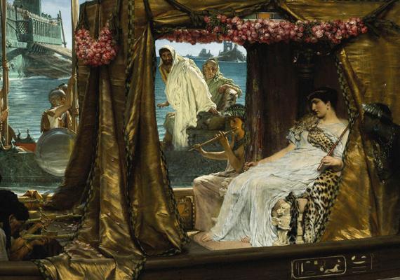 Kleopátra és Antonius első látásra egymásba szerettek. Ám a római politikai hatalom félt az egyiptomi befolyástól, ezért azt hazudták Antoniusnak, hogy Kleopátra öngyilkos lett. Emiatt Antonius a saját kardjába dőlt, majd amikor ezt Kleopátra megtudta, mérgeskígyót tett a mellkasára, hogy kövesse a férfit.