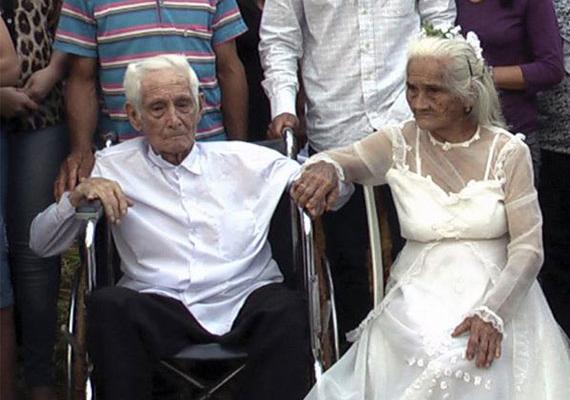 80 évvel találkozásuk után Jose (103) és Martina (93) összeházasodtak.