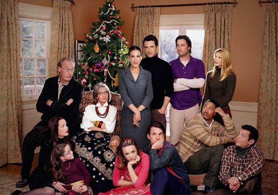 Kőkemény család - Sybil Stone, Diane Keaton, Sarah Jessica Parker, Rachel McAdams, Claire Danes, Dermot MulroneyA Stone család mint minden karácsonykor, most is összegyűlik, ám imádott fiuk új párjával nem elégedettek. Meredith (Sarah Jessica Parker) húgát hívja segítségül, aki móresre tanítja a családot.A Kőkemény család című film az egyik kedvencem. Nagyon jól visszaadja a családi karácsonyok hangulatát, és bár van benne pár szomorkás fordulat, összességében egy kedves film, havas karácsonnyal. Marton Adri