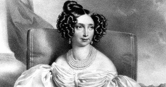 Ferenc József édesanyja, Zsófia bajor főhercegnő a kezdetektől fogva ellenszenvvel tekintett Erzsébet királynéra. Legkegyetlenebb tette az volt, hogy a magyarok királynéját megfosztotta a gyermekei nevelésétől.