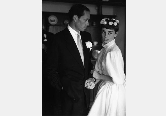 A bájos és törékeny Audrey Hepburn 1954-ben ment hozzá Mel Ferrer színészhez, akivel többszöri vetélés után 1960-ban született meg közös gyermekük, Sean.