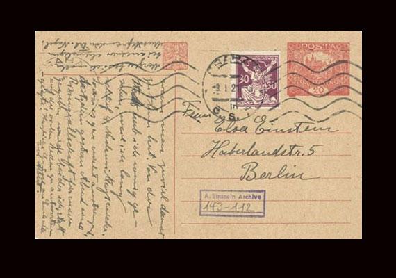 Einstein 1919-ben kötött házasságot második feleségével, Elsával, aki mellesleg az unokatestvére volt. Ez a levelezőlap neki szól.