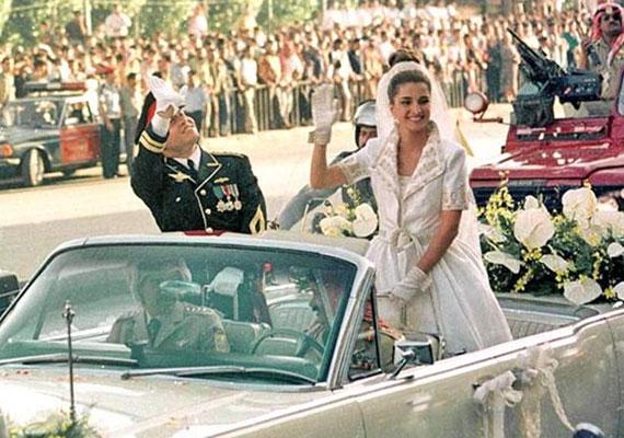 II. Abdullah, a jordán Hasemita Királyság uralkodója 1993-ban vette feleségül a palesztin Ránija Ál Jasint, aki előzőleg az Apple alkalmazottja volt.