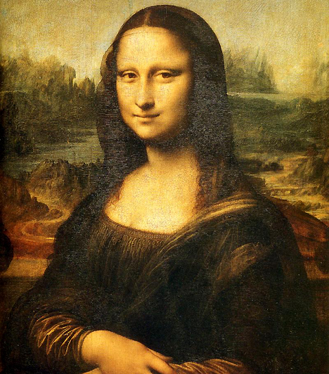 Mona LisaMona Lisa mosolyának titkát azóta próbálják megfejteni, hogy Leonardo vászonra vetette. Egyes elméletek szerint a titok mögött az állhat, hogy a vonzó nőalak modellje maga Da Vinci volt, mindenesetre szelíd Gicondája maga a reneszánsz szépség.Kapcsolódó cikk:A történelem 3 legarcátlanabb rablása »