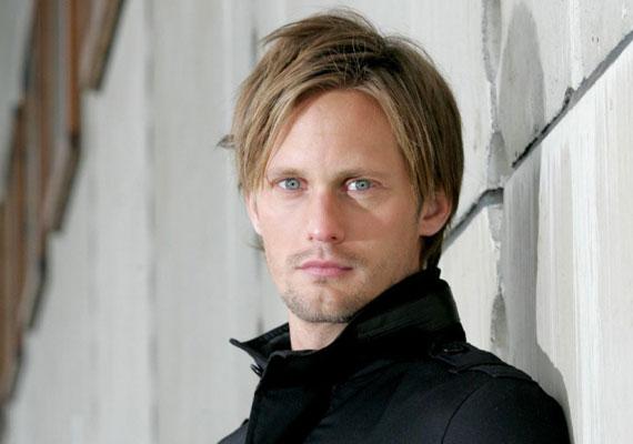 Alexander Skarsgård a True Blood című tévésorozat hőse.