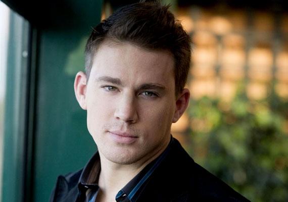 Hasonló eset Channing Tatum, aki a Magic Mike című filmmel írta be magát sok nő álmaiba.