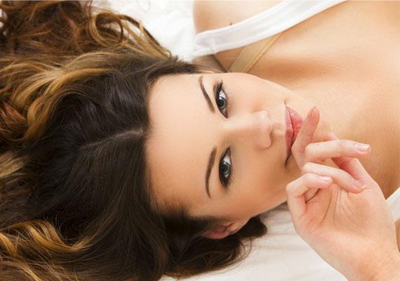 A gondolat erejét nemcsak az álom okozta orgazmus bizonyítja, hanem az is, hogy egyesek képesek pusztán fantáziálás útján eljutni az orgazmusig, mindenféle fizikai stimuláció nélkül.