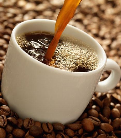 Kávé  Nem kizárt, hogy fogyasztója képében függőségre hajlamos egyénnel van dolgod, aki megáll az ártatlanabb addikcíóknál. Az is lehet, hogy túlzottan kimeríti magát, esetleg munkamániás. Lehet, hogy nem veti fel a pénz, de ez nem zárja, ki, hogy mindent megadjon neked, amire szükséged van.