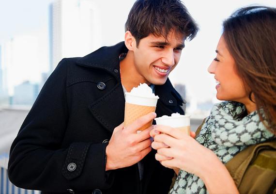 randevúk egy srácgal, aki 2 évvel fiatalabb, mint te