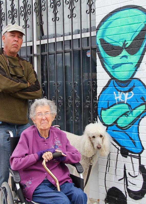 Új-Mexikóban, Roswellben Norma betekintett a titokzatos körzetbe, ahol állítólag a földönkívüliek landoltak.