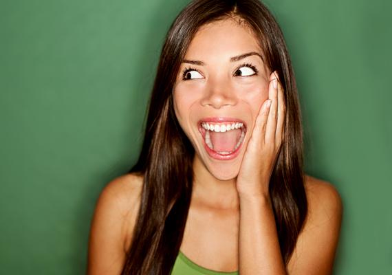 A vicces nőUgyancsak így van ez azon nők esetében, akiket jó humorral áldott meg az ég. A pasik bolondulnak a vicces nőkért, hiszen ki ne szeretne nagyokat nevetni a párjával?