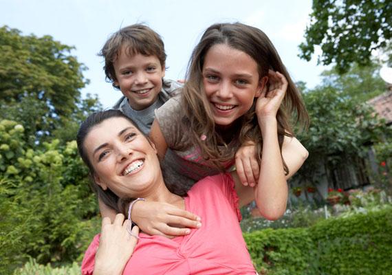 Ha te vagy a legidősebb gyerek, jó esélyed van a kiemelkedő IQ-ra, mégpedig a szüleiddel való pszichológiai kölcsönhatások miatt.