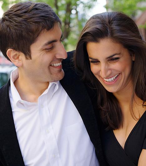 Fiúkkal óvatosan!  Férfi-női barátság márpedig létezik! Az is könnyen megeshet, hogy neked egy pasi a legközelebbi bizalmasod. Ha azonban azt szeretnéd, hogy a kapcsolat tartós is legyen, akkor tartsd be az aranyszabályt, és maradjatok szigorúan a hálószobán kívül! A szexbarátság ugyanis mindent elronthat.  Kapcsolódó cikk: 3 tabu pasi, akibe tilos beleszeretned »