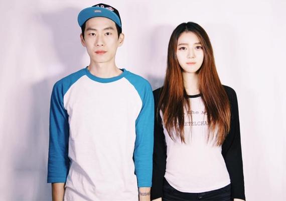 Mindketten dél-koreai művészek, de munkájuk miatt sajnos sok időt töltenek külön. Li Szöulban, Danbi New Yorkban él.