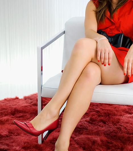 Szexi nő  Mivel a pasi alapvetően vizuális típus, szereti, ha a nő nem csak az első randik alkalmával gyönyörű, de hosszabb idő elteltével is ad magára. Igazán nem nagy erőfeszítés, ha néha kiöltözöl a párodnak, és a legnőiesebb oldaladat mutatod, cserébe pedig te is szexibbnek érezheted magad!