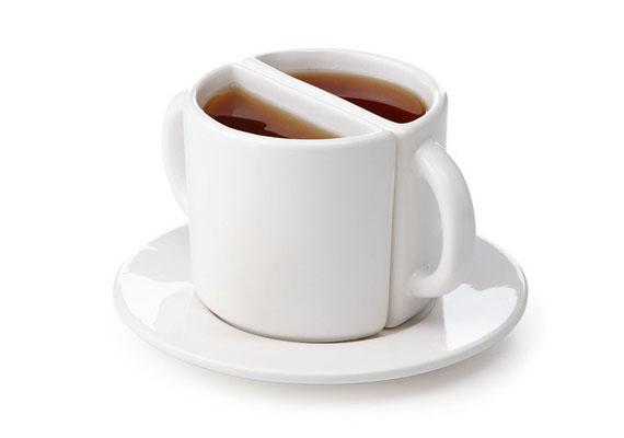 Fél bögre tea kicsit másképp - vajon tízből hány alkalommal önti le magát, aki ilyenből iszik?