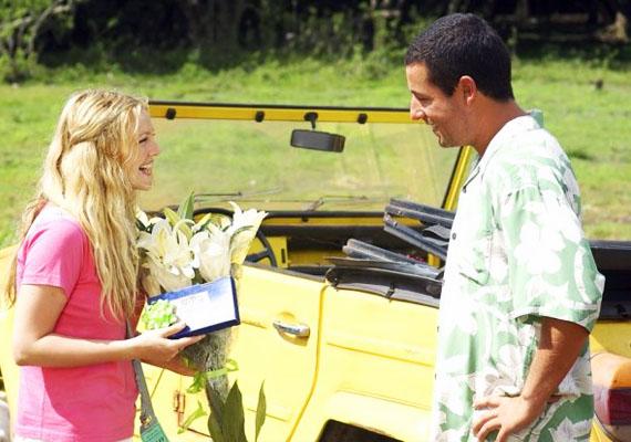 50 első randiHenry - Adam Sandler - és Lucy - Drew Barrymore - bájos története Hawaii szigetén játszódik. A srác találkozásukkor még nem sejti, hogy Lucy egy baleset miatt egynapos intervallumú memóriával rendelkezik, ezért nap mint nap meg kell hódítania. Hogy ezt egy pasi bevállalja, már önmagában elég irreális.