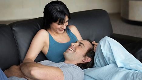 Fekete kanapé szex