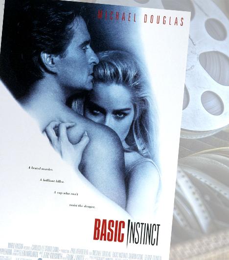 Elemi ösztön - 1992Paul Verhoeven filmjének a nyílt szexualitás ábrázolása igen nagy hírnevet szerzett. A világhíres lábtárogató jelenet Sharon Stone pályáját is megalapozta, de Michael Douglas filmográfiájának is az Elemi ösztön az egyik legkiemelkedőbb pontja.Kapcsolódó cikk:5 film, amit nem szabad kihagynod »