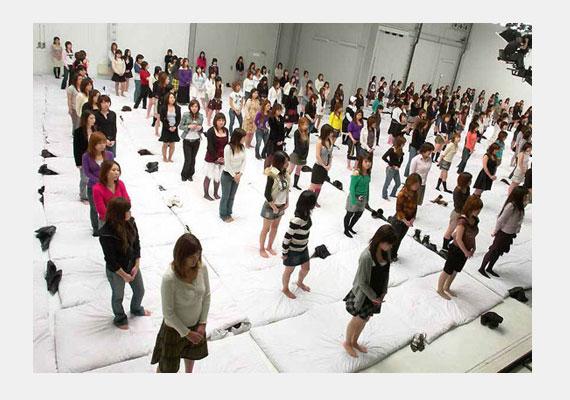 Az eddigi legnagyobb orgiát a japánok szervezték, 250 lelkes résztvevővel.