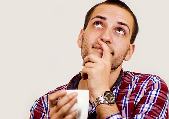 Ha kezével eltakarja a száját, az vészjósló jel: a tudatalattija azzal az üzenettel bombázza a férfit, hogy ne hazudjon, vagyis valószínűleg nem mond igazat.