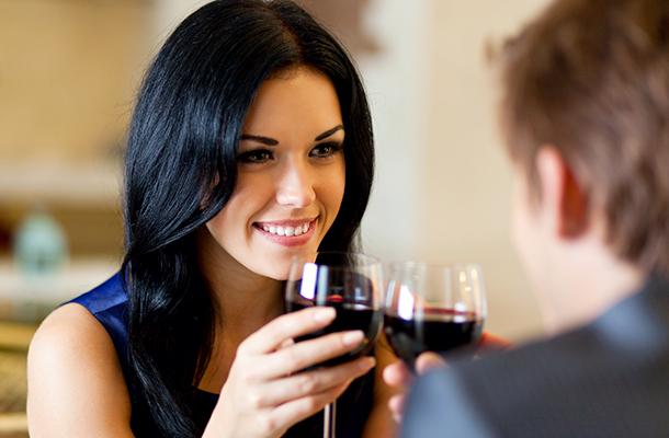 Introvertálja a randevú kapcsolatokat