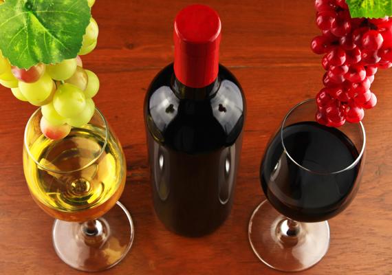 Egy jófajta, régi bor megadhatja Valentin-nap estjének alaphangulatát.