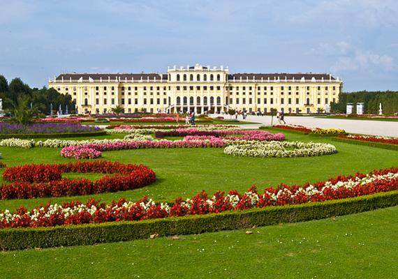 Bécs a maga sokszínű kultúrájával minden érző szívet magával ragad.