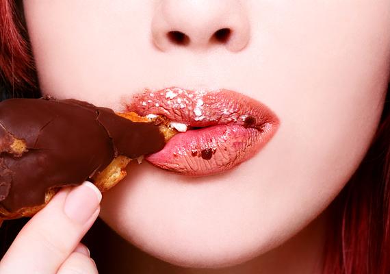 A pasik szerint lehet enni szimplán és szexin. Harapj kis falatokat, és élvezetesen!