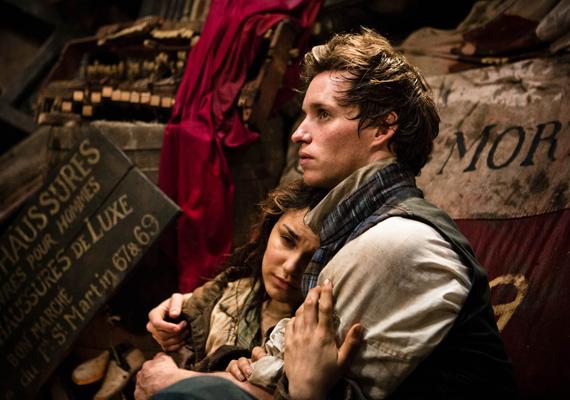Még csak most került a mozikba, de már a romantikus lelkűek kedvencévé vált A nyomorultak feldolgozása. A cselekmény hűen követi Victor Hugo regényét, az alkotást azonban az A-kategóriás színészek - Hugh Jackman, Anne Hathaway vagy éppen Russel Crowe - teszik felejthetetlenné.