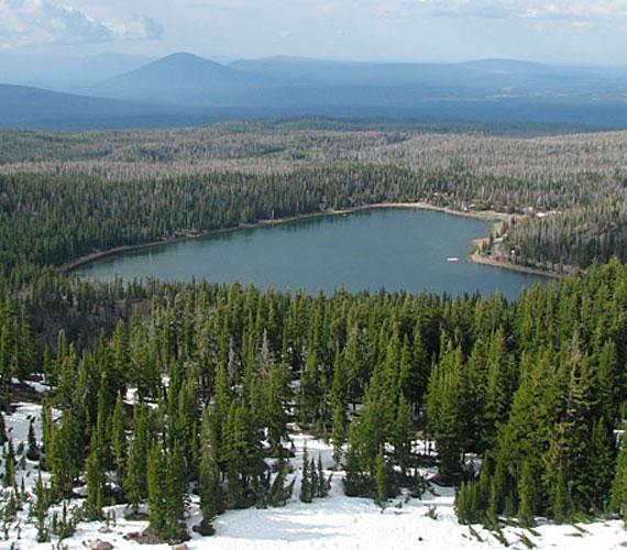 Az Oregon állambeli - USA - Three Creek-tó nemcsak természeti látványosságként, hanem népszerű úti célként is jelen van az amerikai pecások fejében.