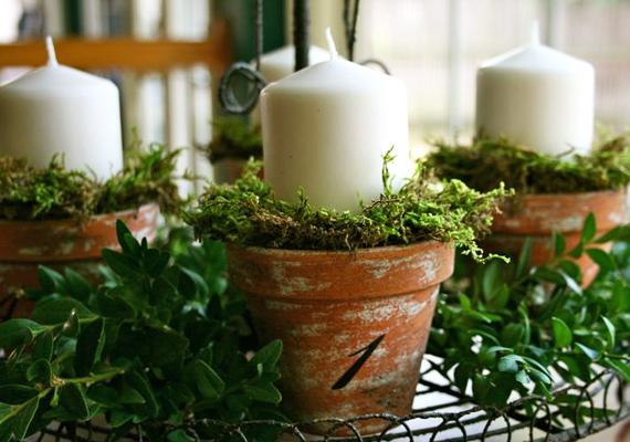 Amennyiben a természetes megoldásokat kedveled, ajánljuk a számozott, mohával töltött cserépbe ültetett gyertyákat.