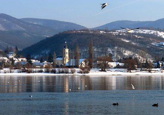 A Dunakanyart is látni kell télen: Visegrád és környéke ilyenkor is csodaszép.